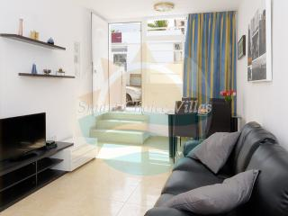One Bedroom Apartment 150 metres from the beach, Puerto Del Carmen