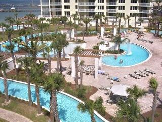 Fantastic View! FREE Beach Service/Lazy River pool
