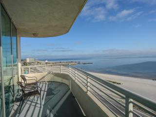 Ocean Front Views From Large Wrap-Around Balcony, Biloxi