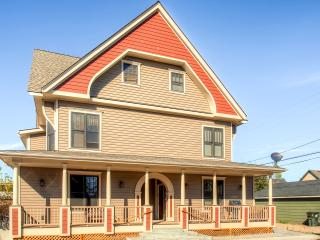 Gorgeous 3BR Red Lodge Townhome W/Large Covered Porch, Gas Grill & Breathtaking