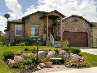 Gorgeous SLC 6 Bedroom Vacation Home 15 Mins Dntwn