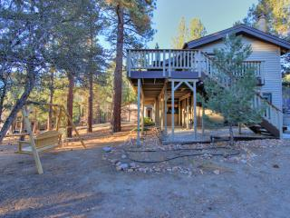 Whispering Bear Lodge, Big Bear City