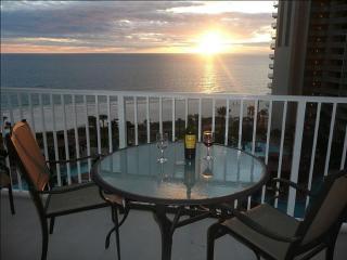 10% Spring Break Discount!    8TH Floor Beachfront!Best Floor With Amazing Views