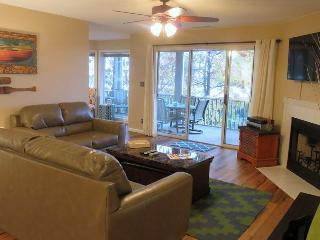 Regatta Bay 432-1A - Great Corner Unit Condo in Regatta Bay Complex. 12 MM Osage