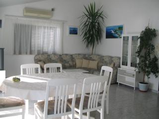 Beautiful seaview apartment, Omis