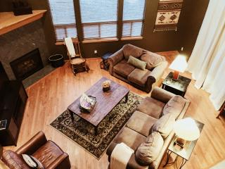 Cinder Lodge Spacious Mountain Home - 5 Br 4 Bath, Flagstaff