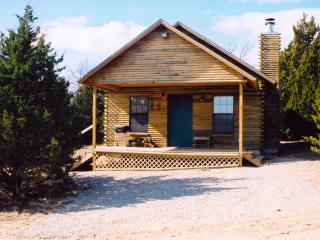 The Trapper - Cedar Creek Cabins, Sulphur