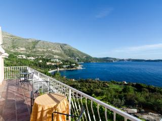 Apartment Sandito - Studio with Balcony and Sea View