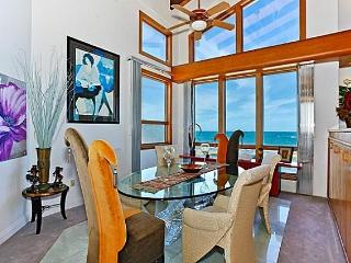 Shangri La By The Sea - Stunning views with pool, Kailua