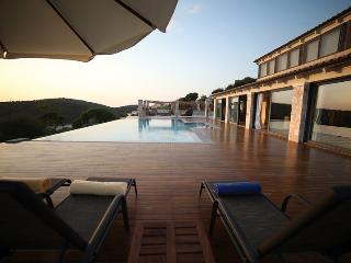 Villa Luna - With Private Pool And Sea Views, Syvota