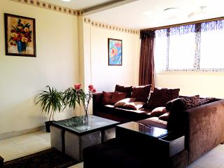 mystery garden&3 bedrooms in maadi, Caïro
