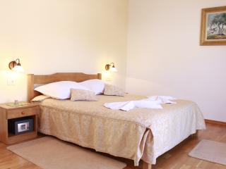 TH01898 Rooms Villa Kula / Double room S6, Seget Vranjica