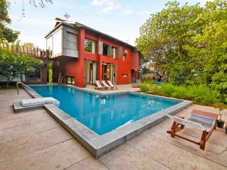 Westwind - 4 Bed Private Pool Villa in Alibaug