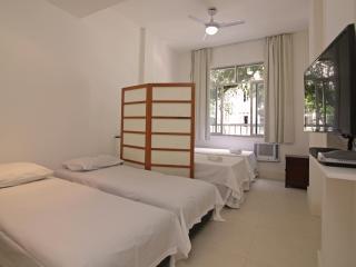 Comfortable and economical apartment in Copacabana C106, Río de Janeiro