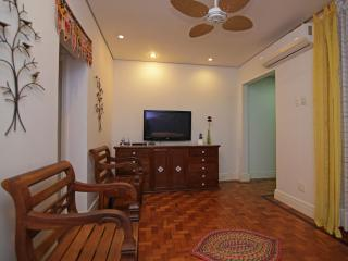 Beautiful two bedroom apartment in Ipanema - Rio de Janeiro D018