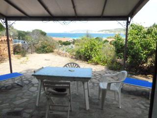 fantastic sea view 100 meters from the beach