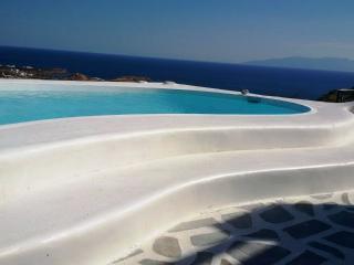 Psarou summer villa I in Mykonos, Ornos