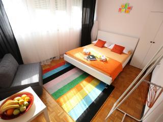 Feeling Cozy Apartment Split