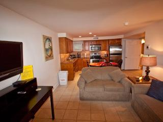 211 Beach Avenue Unit 3  Broadway Beach 121672