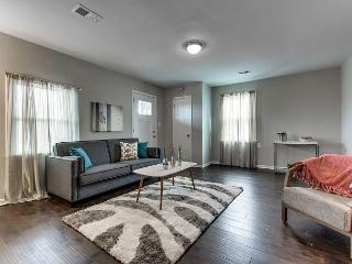 WINTER SPECIALS! - Germantown House with Fenced Yard Close to Downtown!