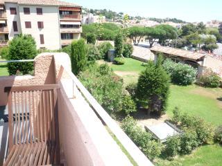 F 403 Cet appartement climatisé de 85 m², Sainte-Maxime
