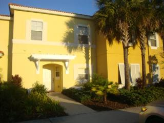 quiet townhome minutes from theme parks, Kissimmee