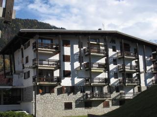 72m2 Ski/Sun apartment for 4-6, 200m from ski lift