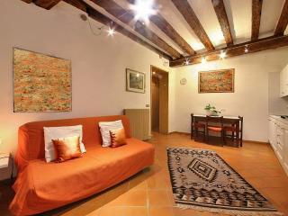 Cozy apartment in San Marco area, Free Wifi, Venice