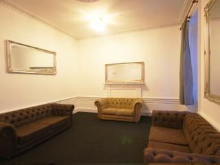 Princes Street 1st Floor Apartment 22 Beds