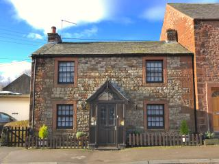 Super Cute Cottage a Short Drive from the Lakes!, Penrith