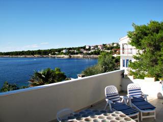 Sunny apartment Cabo near Primosten
