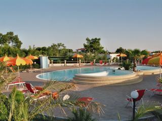 Appartamentino  SunBay sul mare con piscina