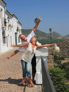 Debbie and Jay, your hosts, enjoying Priego