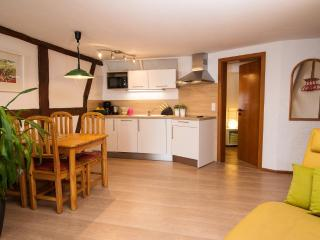 Vacation Apartment in Leutershausen - 700 sqft, natural, bright, friendly (# 5106)