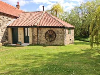 THE WHEELHOUSE, character cottage with woodburner, 3D TV, by a beck, shop and