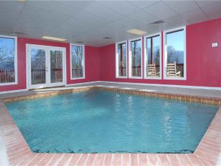 Pool And A View Mansion, Gatlinburg
