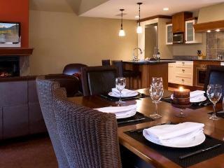 Luxury Canmore 2 Bedroom Premium Penthouse Condo