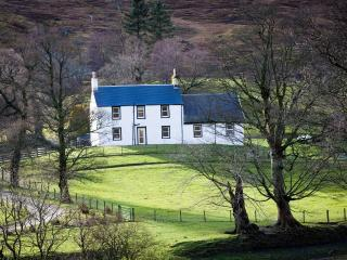 Self catering cottage, Luss