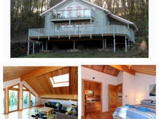 Luxury Lodge Near Tenby, Wifi and Parking