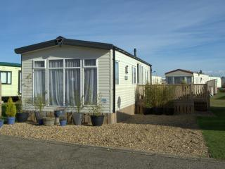 North Denes Caravan Park -  Modern & Dog Friendly