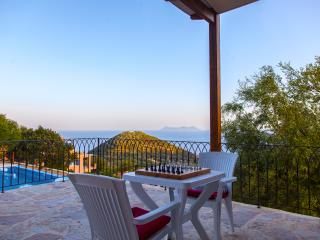 Villa Eleona -Lefkada Travel Dream Villa III-, Sivota
