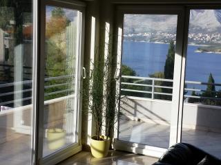 Spacious 3Bedroom Apartment near Dubrovnik