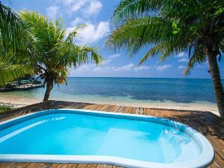 West Bay Beach-BEST LOCATION-3 bdrm, 3 ba w/ POOL