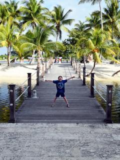 Caymana Bay