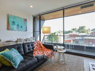 LUXURY + LOCATION in South Melbourne