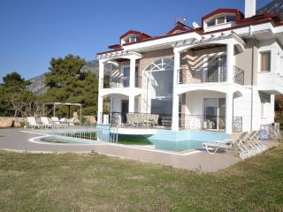 Sea View Luxury Villa for Rent in Oludeniz