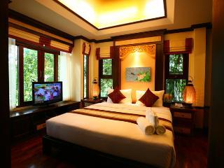 Spacious Pool Villa on Salad Beach!, Surat Thani