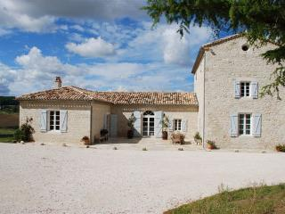 Country Domaine with Pool in SW France, Sauveterre