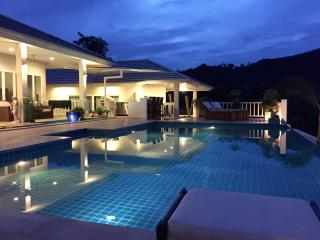 Luxury pool villa with stunning seaview, Bophut