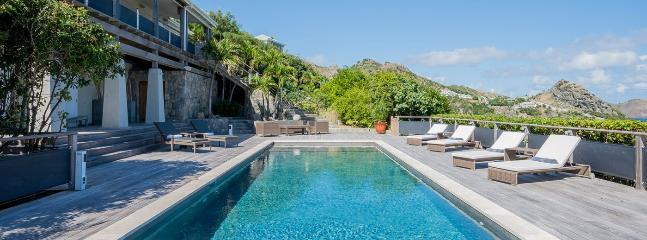 Villa Claridge 3 Bedroom (A Majestic Villa Situated On The Heights Of Anse Des